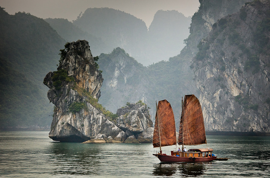 Ha Long Junk by Michael Rainwater on 500px.com