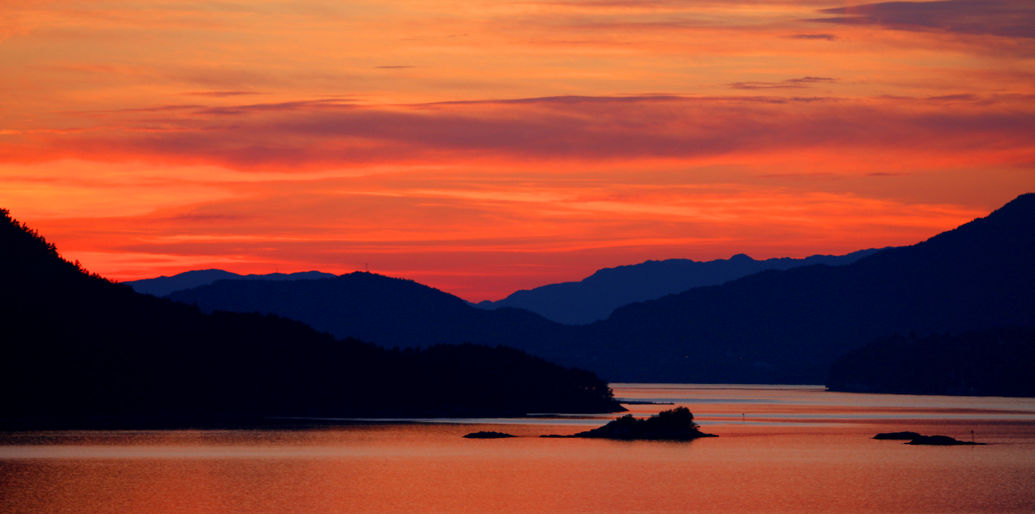 Photograph Sunset by Roy Danielsen on 500px