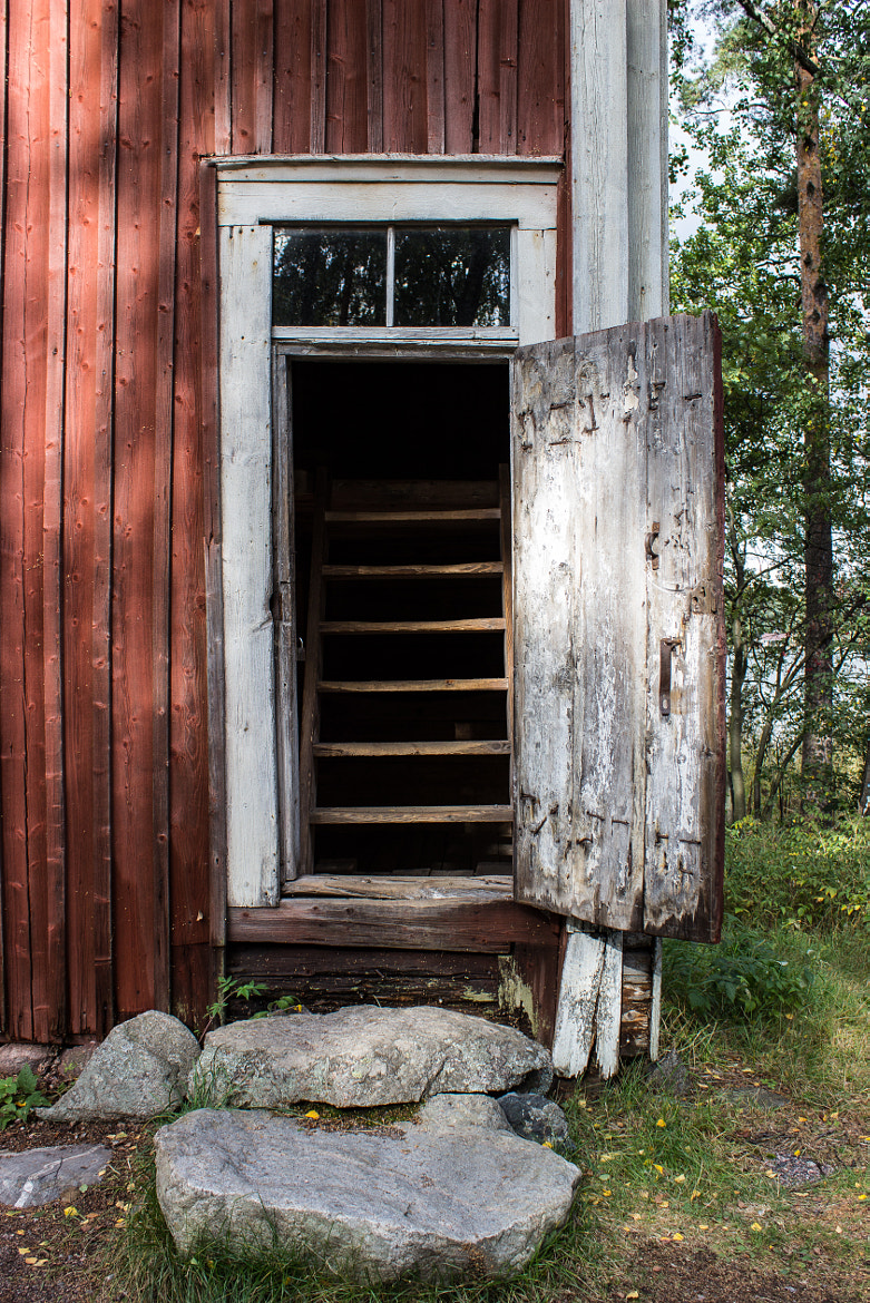Photograph The door by Sami Pirkola on 500px