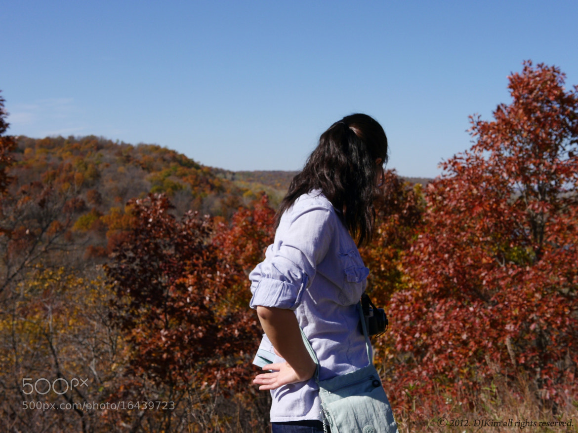 Photograph Girl in Fall by DJ Kim on 500px