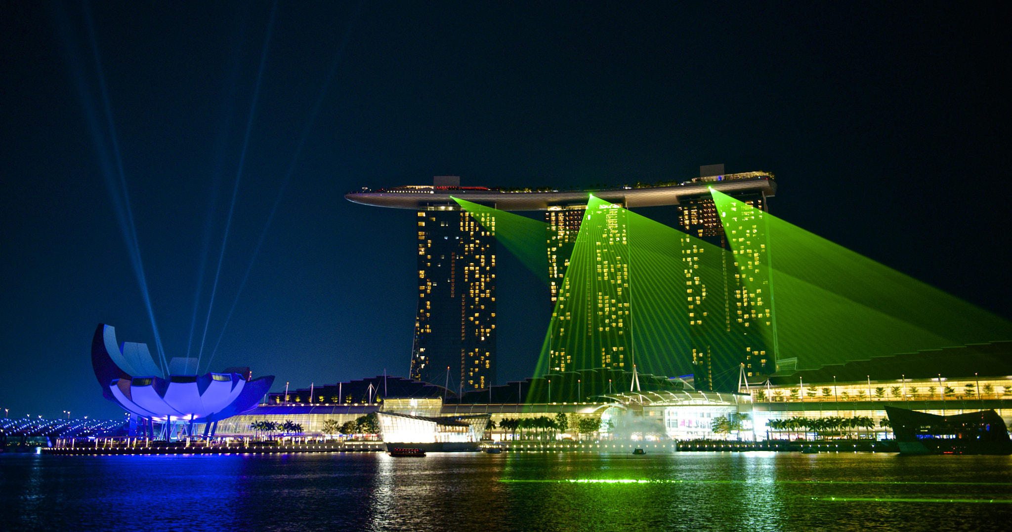 Photograph Marina Bay Sands by Jamie Frith on 500px