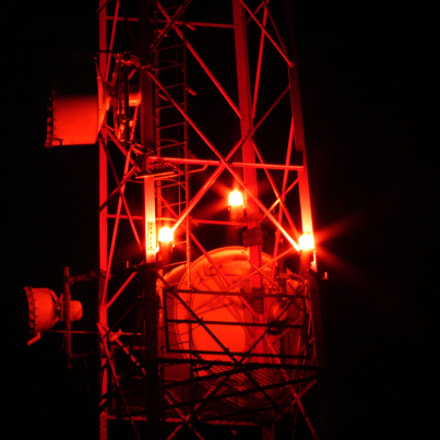 Radio tower at night, Panasonic DMC-FZ10