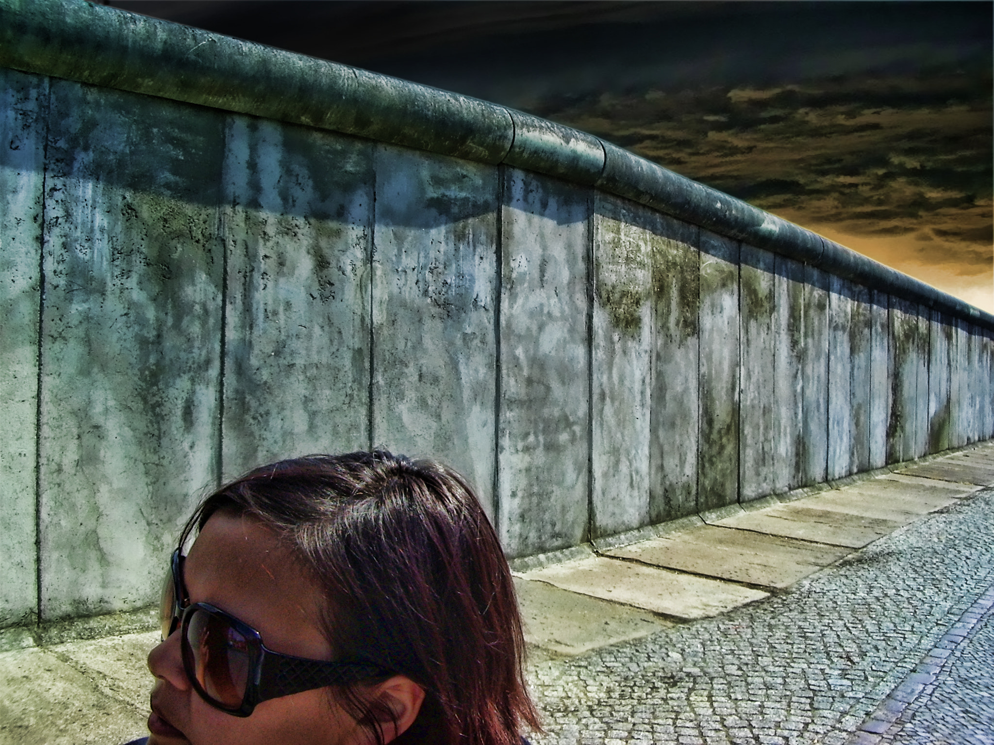 Photograph Girlfriend! Tear down that wall! by carsten morgenstern on 500px