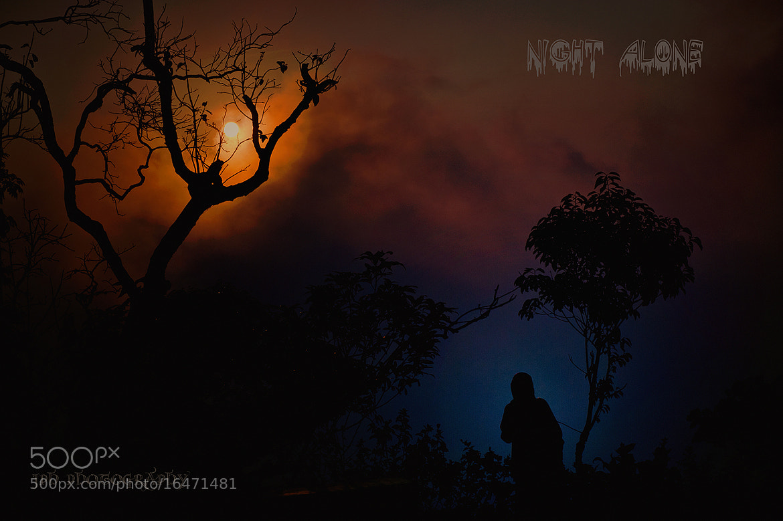 Photograph Night Alone!  by Jakkaphan Hirunviriya on 500px