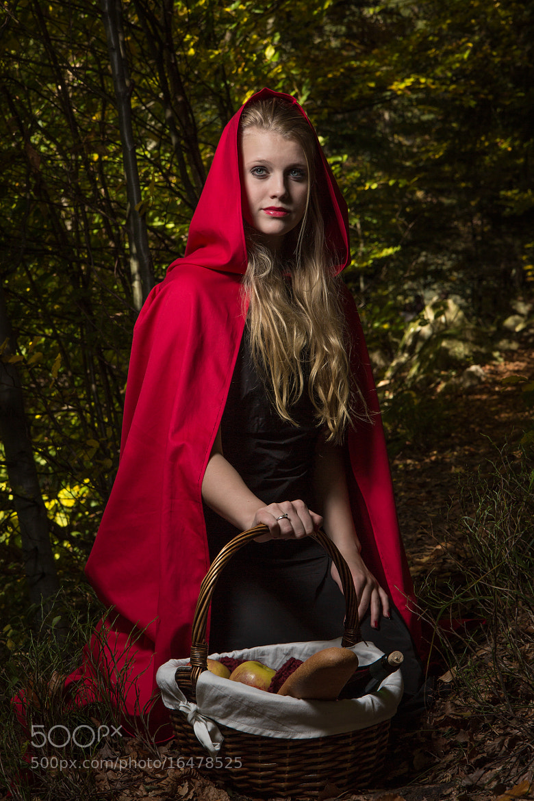 Photograph Red riding hood - Portrait by Alexander Schimpf on 500px