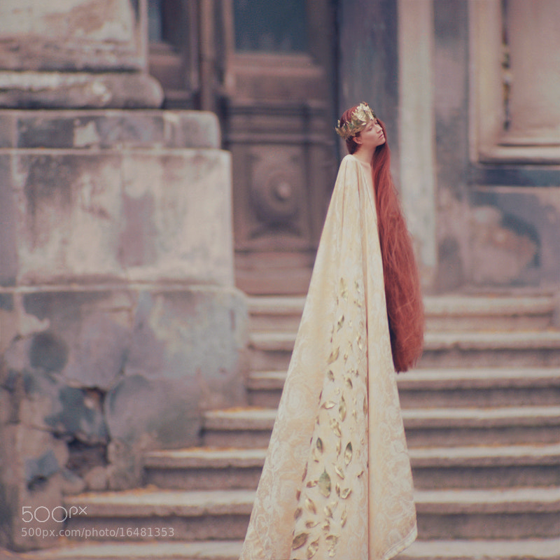 Photograph queen by oprisco  on 500px
