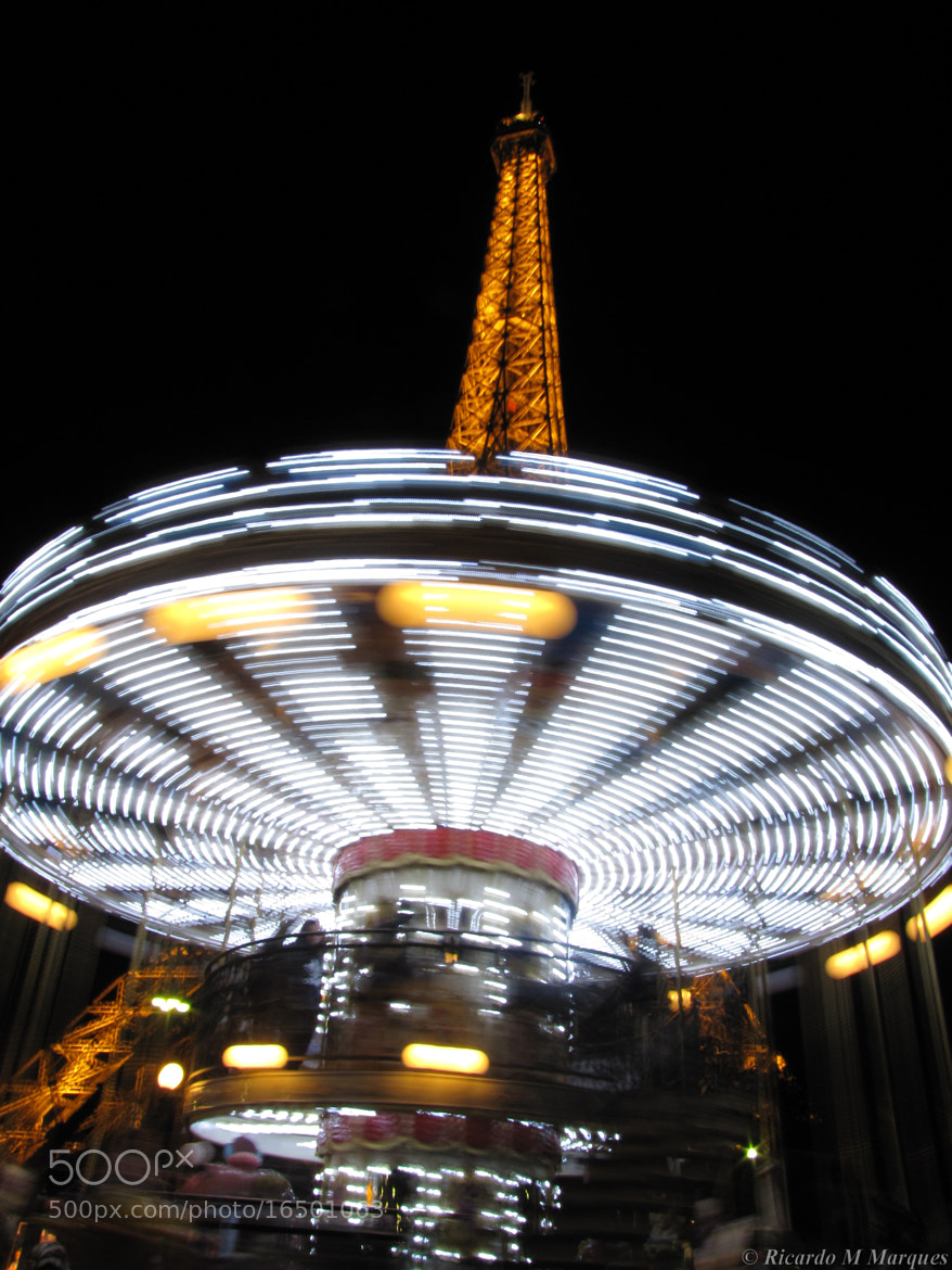Photograph Merry-Go-Eiffel by Ricardo Marques on 500px