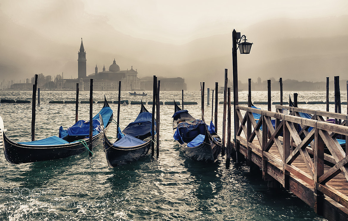 Photograph Venezia in Mist by dogukan canakkale on 500px