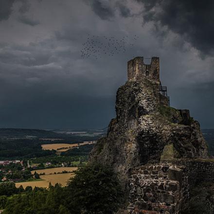 Debris of Trosky castle