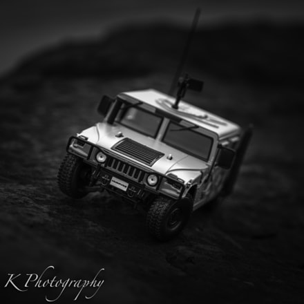 B&W Hummer toy