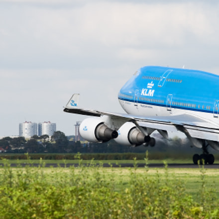 KLM 747 taking off from Schiphol