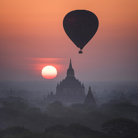 Bagan Balloon, RICOH PENTAX 645Z, smc PENTAX-FA 645 150-300mm F5.6 ED [IF]