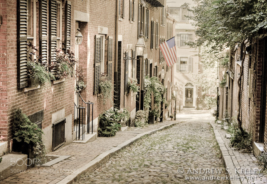 Photograph View of Acorn Street by Andrew Kelley on 500px