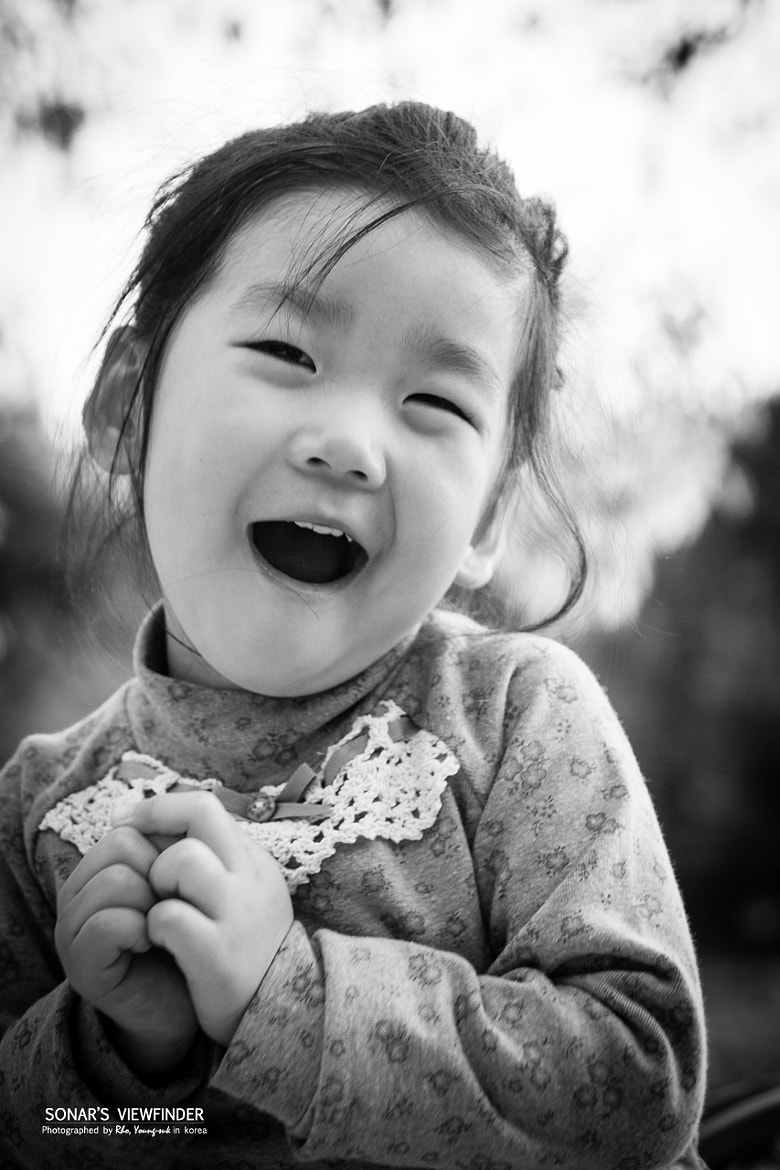 Photograph Lovely Daughter by Youngsuk Rho on 500px