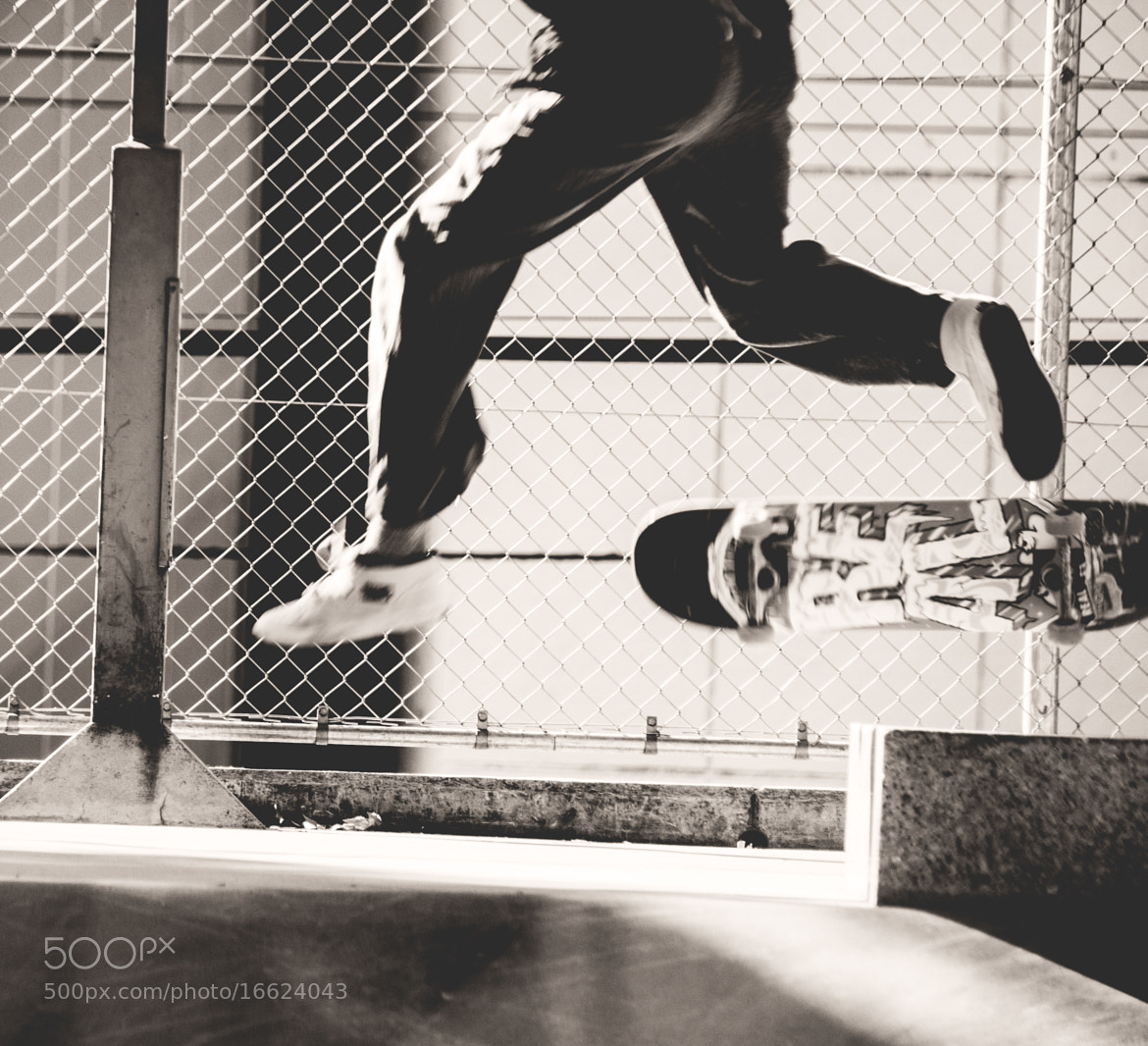 Photograph Skater boy  by Mark Esguerra on 500px