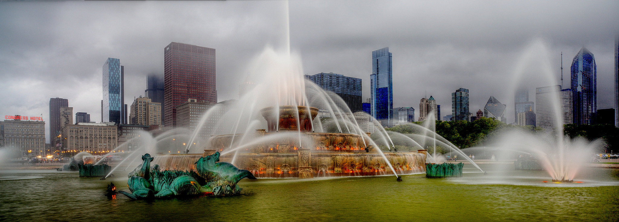 Photograph Buckingham Fountain by Dave Dow on 500px