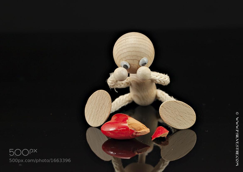 Photograph broken heart by Pilar   Silvestre             *Moneypenny* on 500px