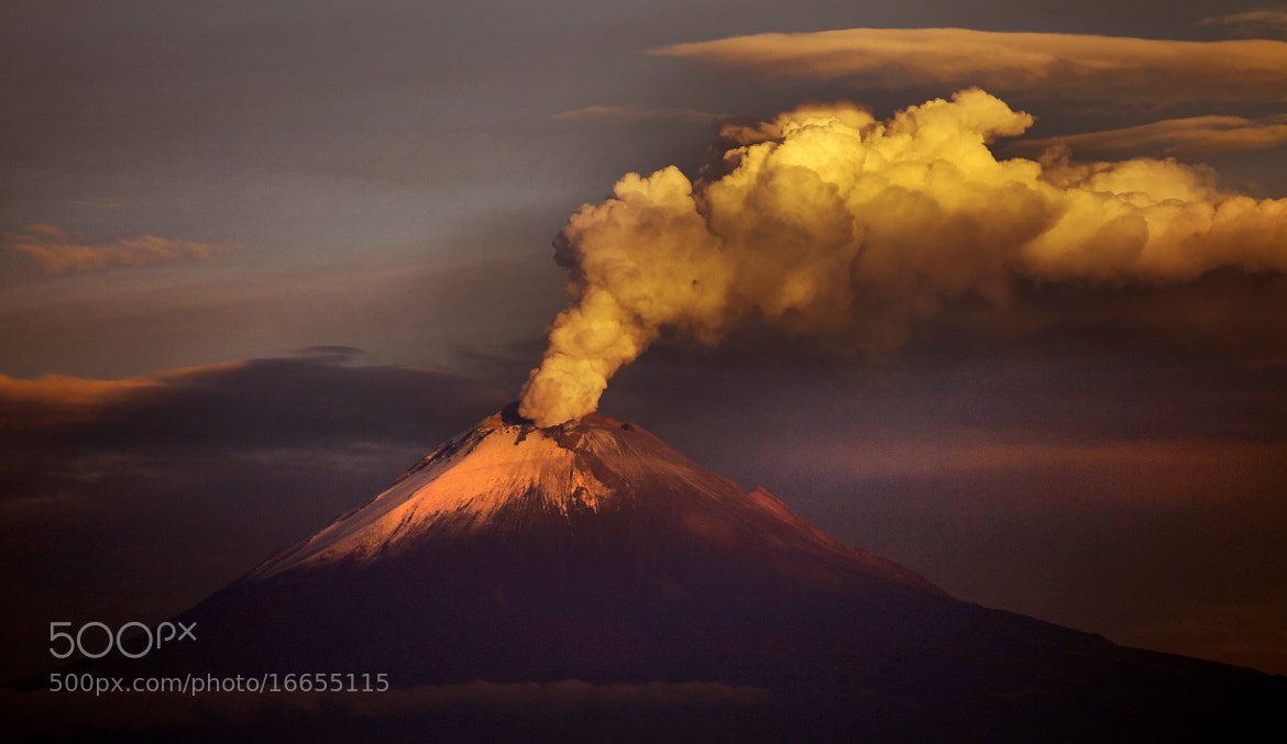 Photograph Big big smoker by Cristobal Garciaferro Rubio on 500px