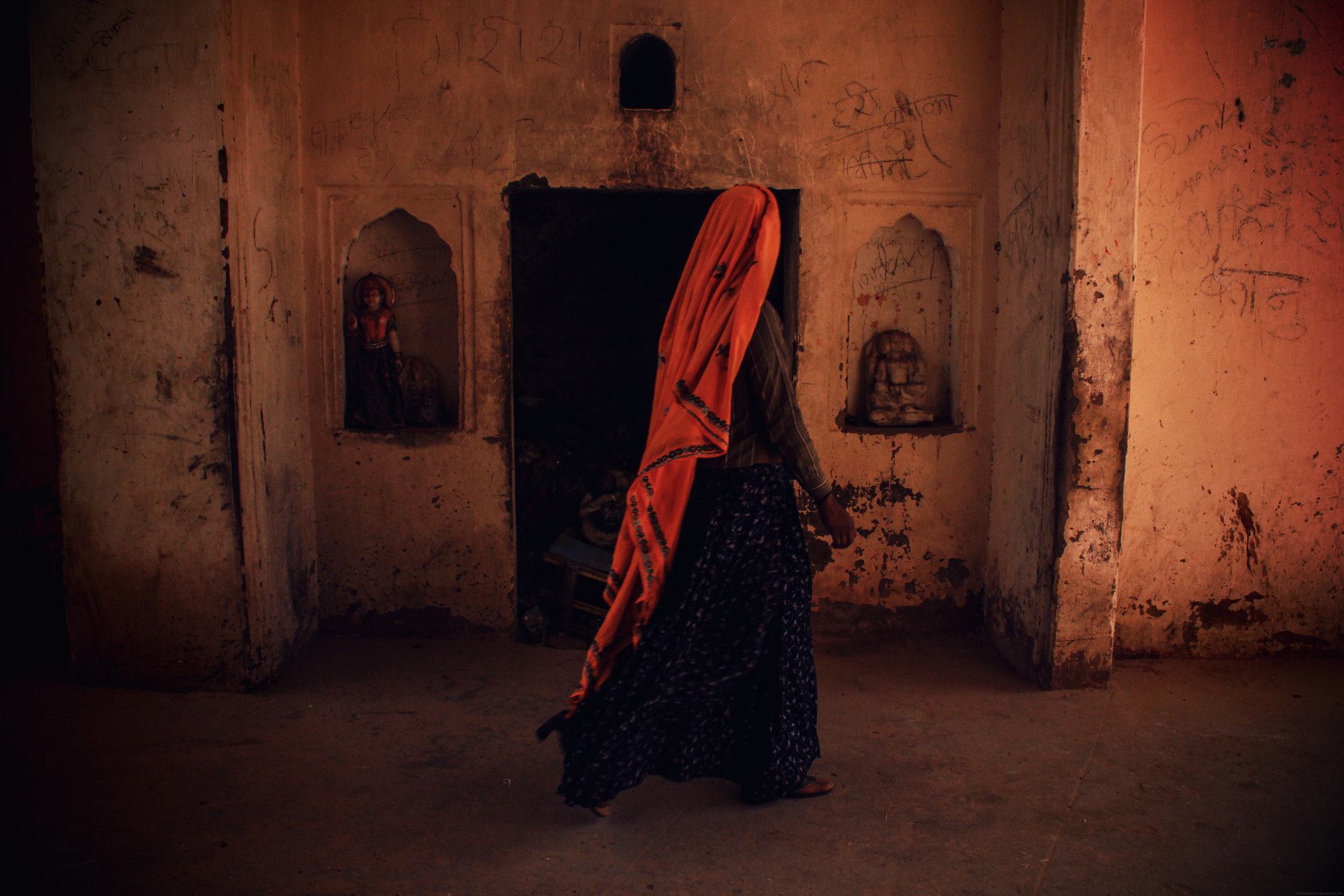 Photograph Woman of Jaipur by Jyoti Naylor on 500px