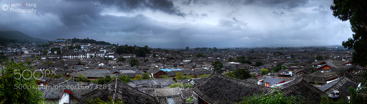 Photograph Dayan ancient town in Rain by Justin Cheng on 500px