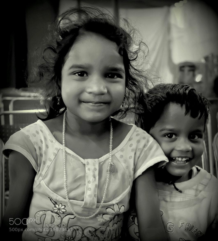 Photograph The smiles.. by Samrat  Mukhopadhyay on 500px