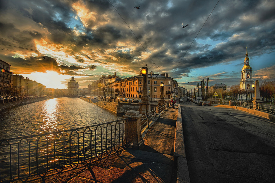 gold sunset in St-Petersburg by Konstantin Vodolazov on 500px.com