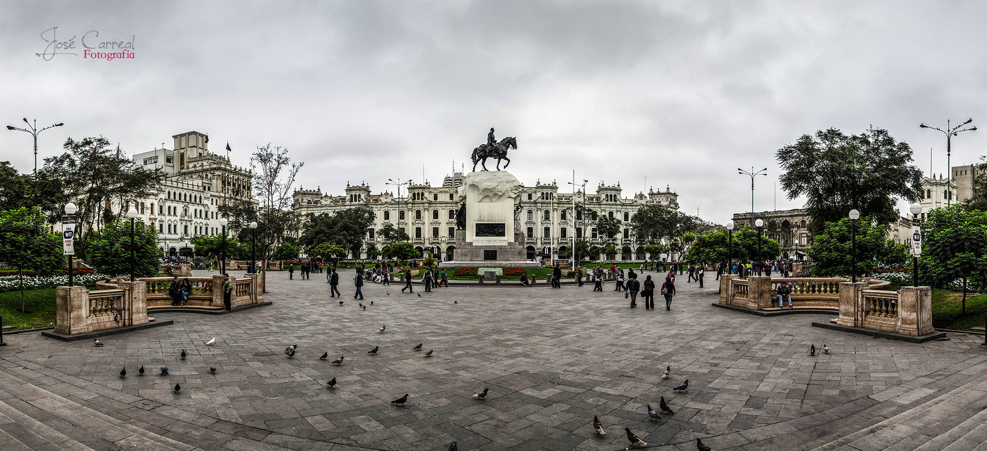 Photograph Panoramica: Plaza San Martin by Jose Carreal on 500px