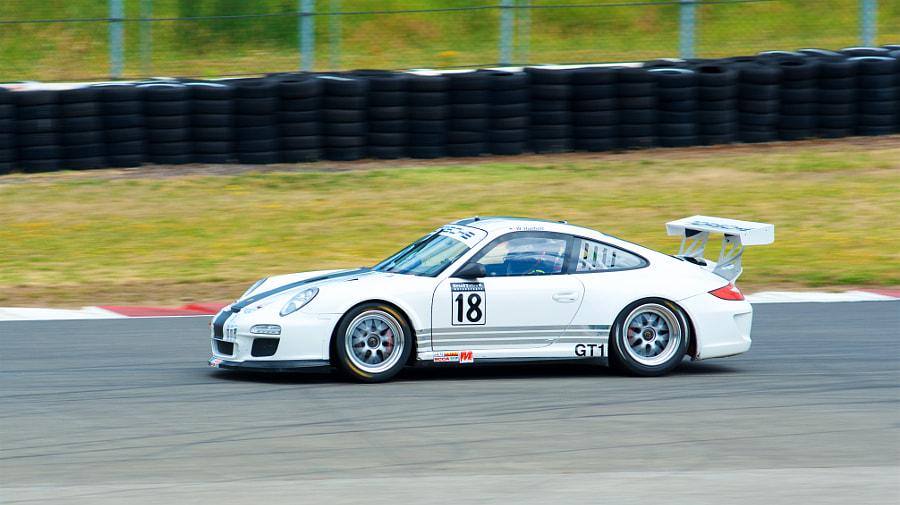 911 GT1 - #18