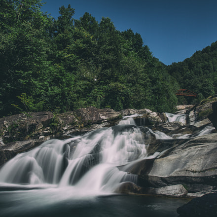 waterfall, Canon EOS 7D, Sigma 17-35mm f/2.8-4 EX DG Aspherical HSM