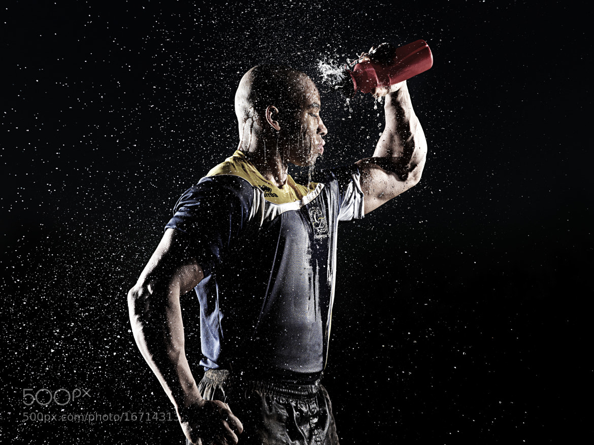 Photograph Water bottle spray by Adam Duckworth on 500px
