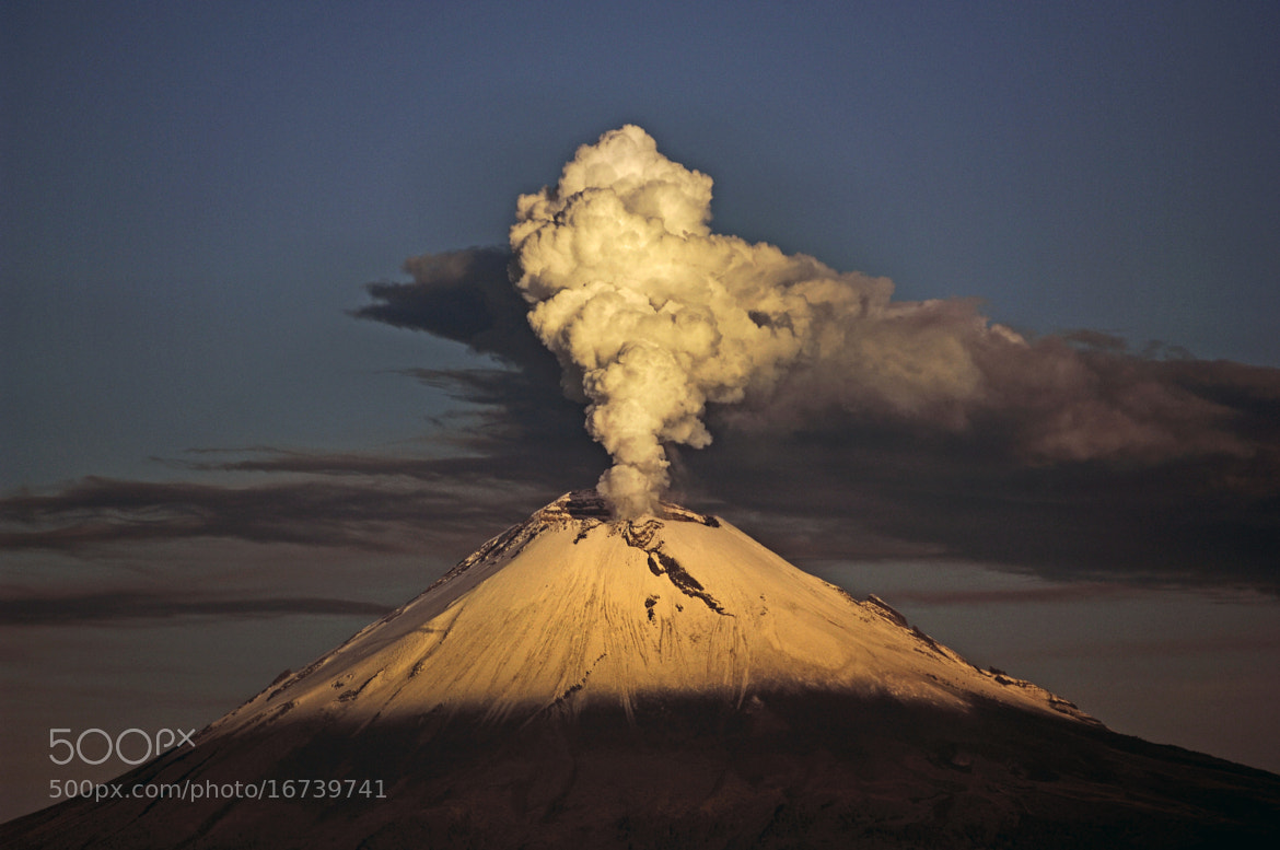 Photograph Big, big smoker by Cristobal Garciaferro Rubio on 500px