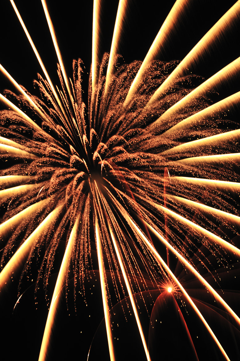 Photograph Warp from fireworks by Chihiro Imahashi on 500px