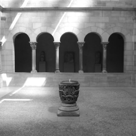 Cloisters, Canon POWERSHOT S230