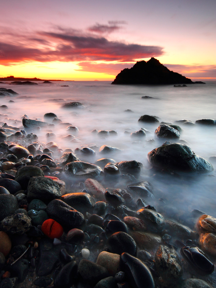 Photograph Red Rock by Simon Cameron on 500px