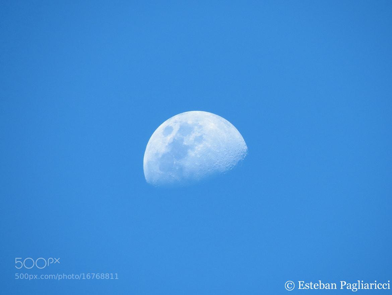 Photograph The Moon by Esteban Pagliaricci on 500px