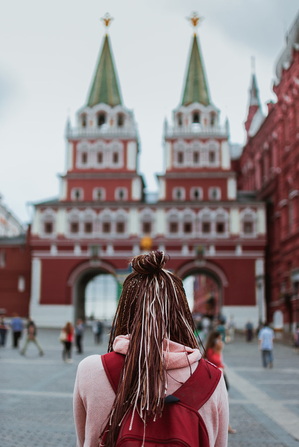 Traveler on the red square by Vladimir Noskov on 500px.com