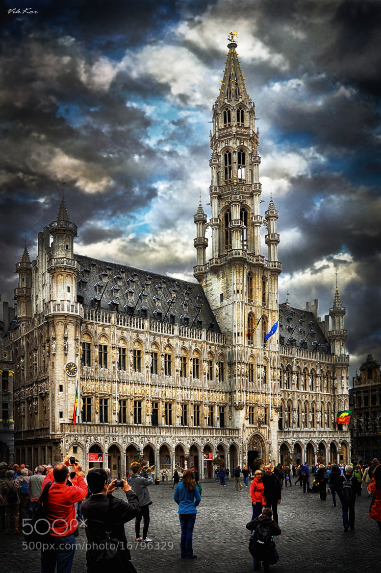 Photograph The Grand Place in Brussels * by Viktor Korostynski on 500px