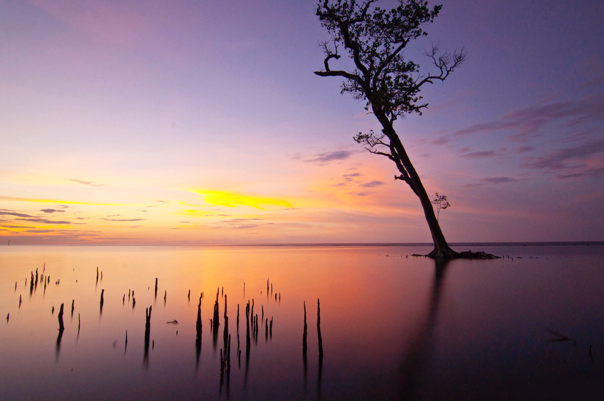 Photograph Holiday's Sunset by jerry suello on 500px