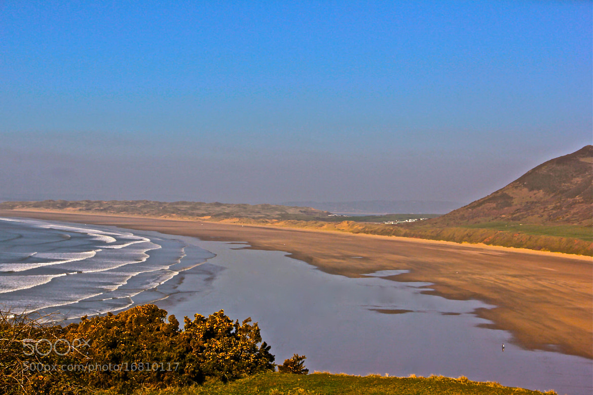 Photograph Rhossili Bay, Swansea by Poh Huay Suen on 500px