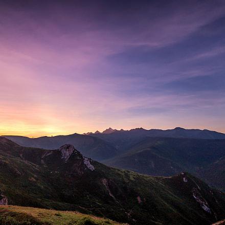 The sunrise of XueBaoDing