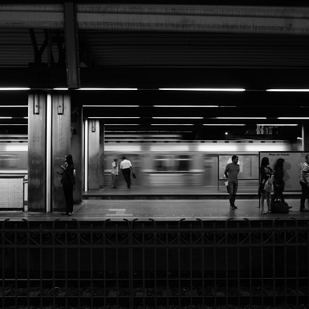 Subway, Pentax K-5, smc PENTAX-F 28mm F2.8