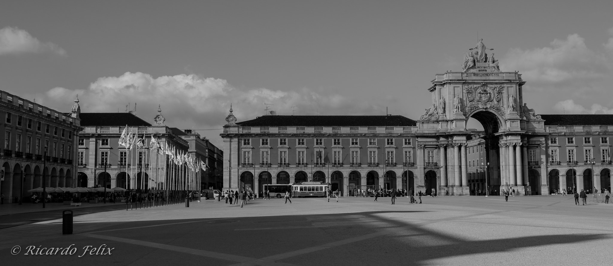 Photograph Terreiro do Paço by Ricardo Bahuto Felix on 500px