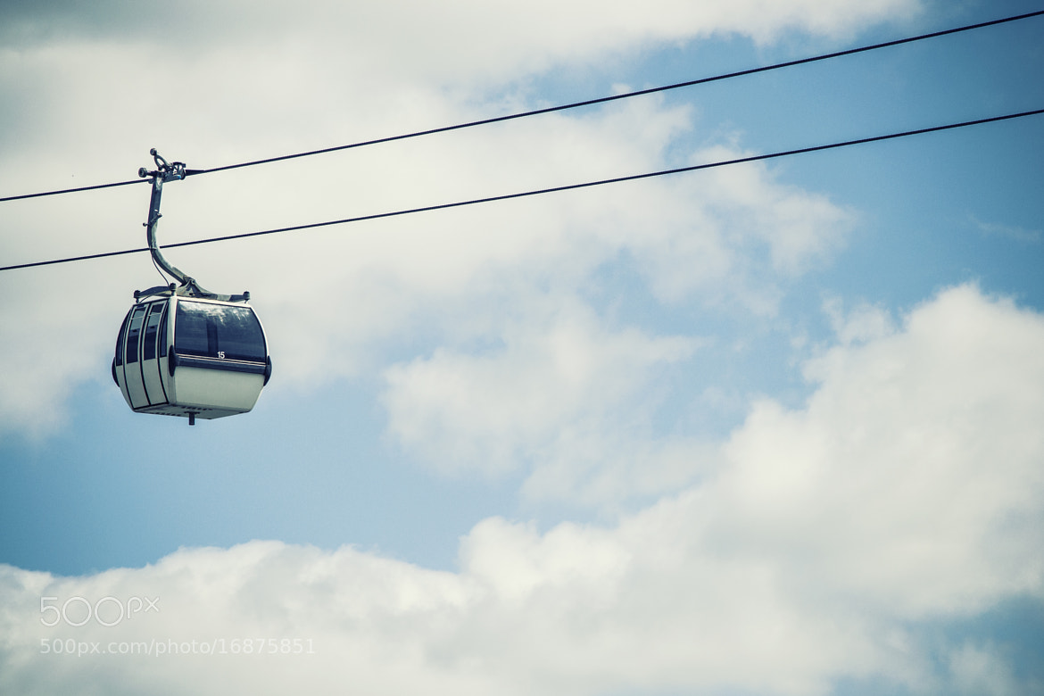 Photograph Cable car by Johnny Mendes on 500px