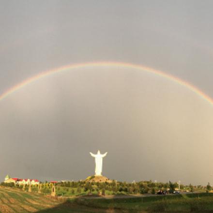 Jesus Statue with rainbow, @Świebodzin, Poland