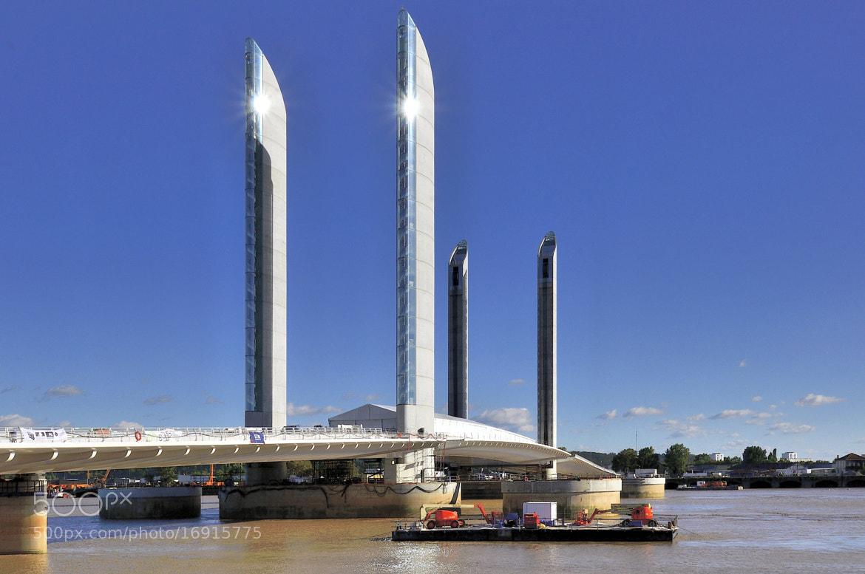 Photograph le nouveau pont levant de bordeaux by hugues alfano on 500px - Le pont levant de bordeaux ...