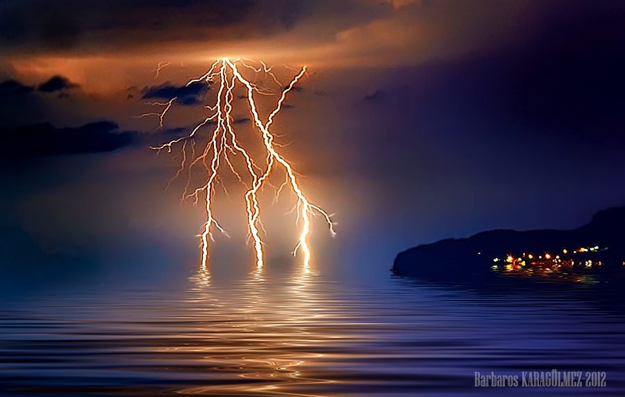 Photograph lightning by Barbaros Karagülmez on 500px