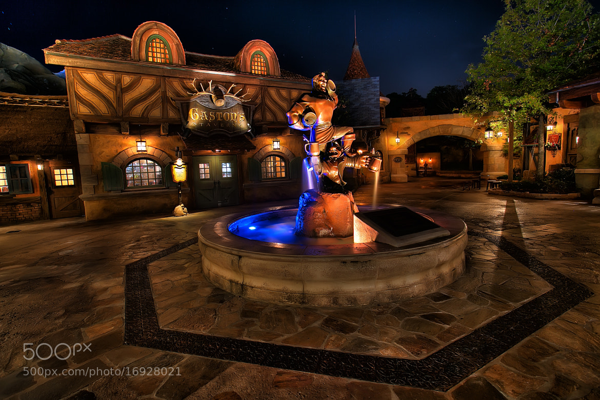 Photograph Gaston's Tavern by Kurt Miller on 500px