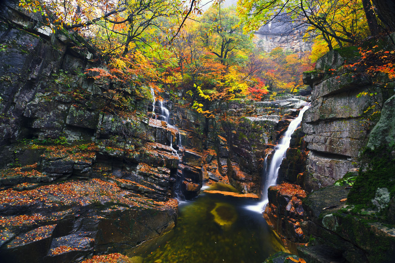 Photograph waterfalls and autumn by Bosun Hong on 500px