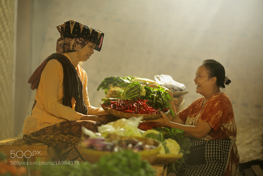 Photograph traditional market by JD Ardiansyah on 500px