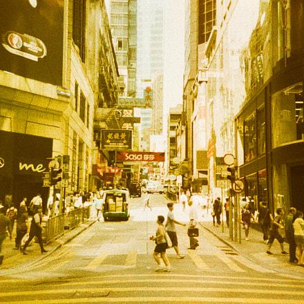 Hong Kong Street / Lomography Slide / XPro / Lomo